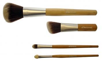Benecos pennelli con manico in bambù e fibre in Toray