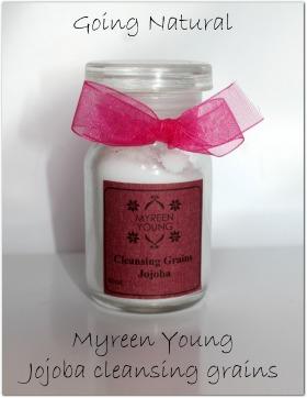 Scrub viso Myreen Young ai grani di jojoba : la mia opinione