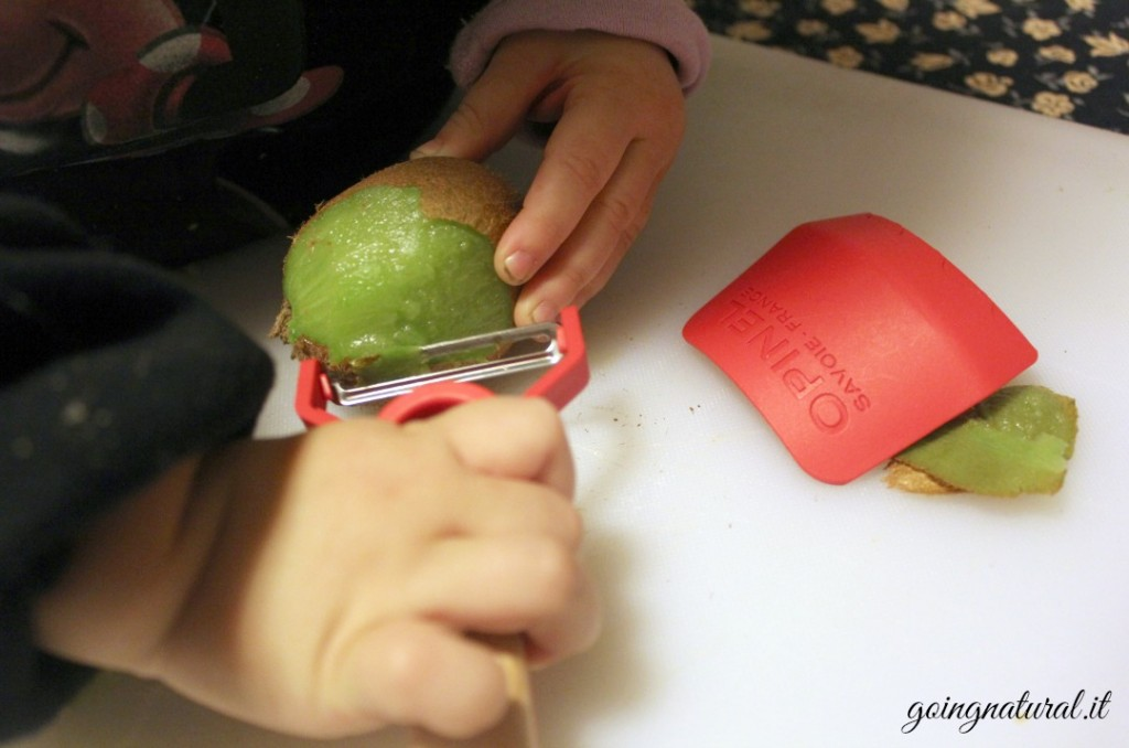 Bambini in cucina secondo il metodo Montessori 12a302ab87aa