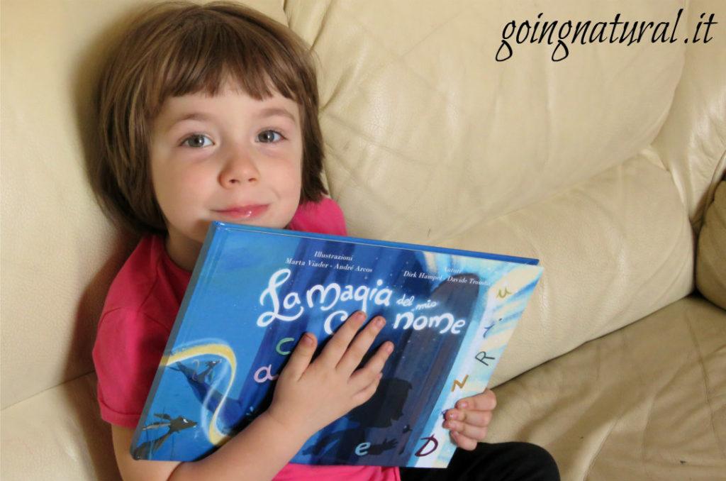 Libri personalizzati per bambini : vi presento La magia del mio nome