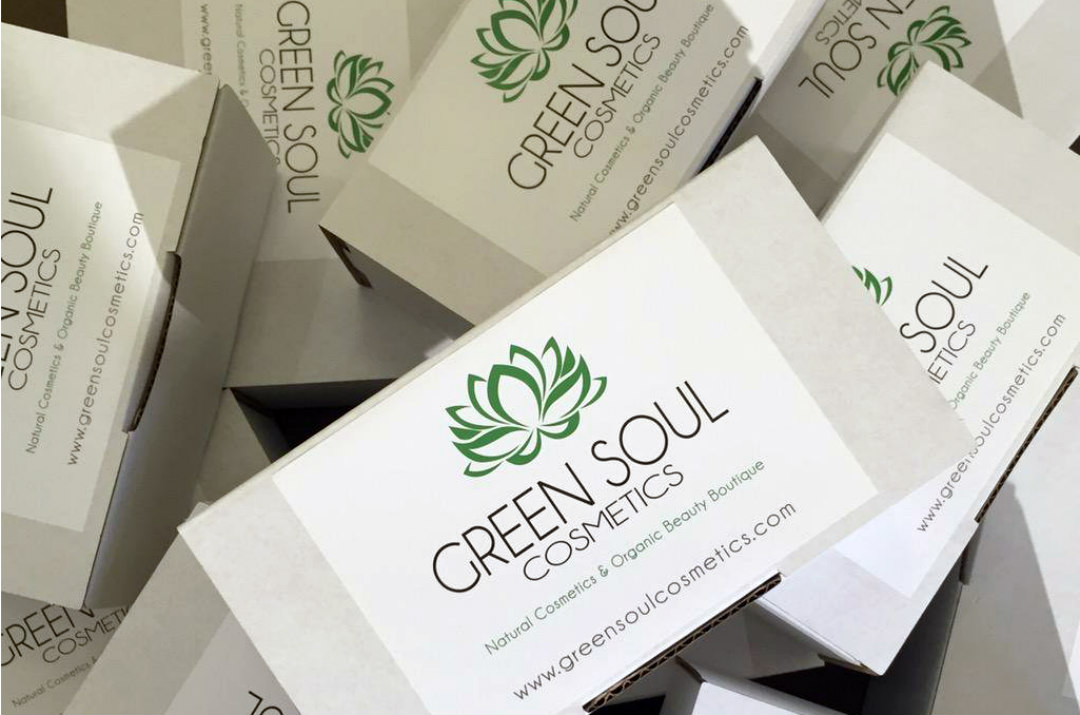 green soul cosmetics packaging